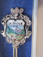LA THUILE 1440 Cuillére à Café De Collection Avec Sa Boite - Obj. 'Souvenir De'