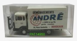 CAMION RENAULT JN90 DEMENAGEMENTS ANDRE à BORDEAUX  Marque BREKINA - Auto's, Vrachtwagens, Bussen