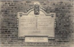 Plaque Commémorative Du Discours Du Roi Albert Aux Chambres Le 4 Août 1914 (BEVEREN-OEKENE-ROESELARE -RUMBEKE) - War 1914-18