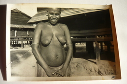 PHOTO ETHNIQUE BEAUTE AFRICANS JEUNE FEMME NUE CHEZ ELLE SEIN NU AFRIQUE EBONY SEXY GIRL NACKT NAKED NUDE WOMAN - Afrique Du Sud, Est, Ouest