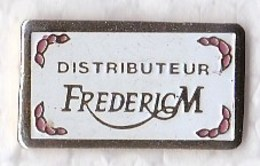 PIN S DISTRIBUTEUR FREDERIC M - Beverages