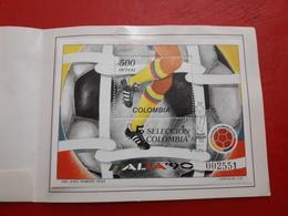 La Colombie Une Brochure Avec Bloc Un Football Italia 90 - Copa Mundial