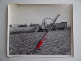 Photo Originale ENSILEUSE MACHINE AGRICOLE Ets M.GIBOUIN à NANGIS Luzerne Foin Agriculture Céréalier - Métiers