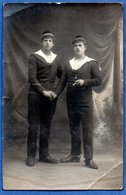 Carte Photo -- Marins Français --  Coin Abimé - Oorlog 1914-18