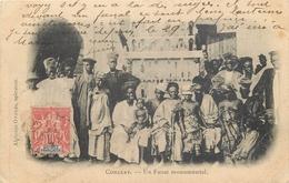 ETR 406 CPA  Guinée Française  Conakry Un Fanal Monumental   Animation  Belle Carte - Guinée