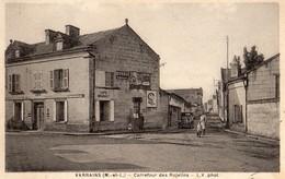Varrains  49    Le Carrefour  Des Rojelins Animé -Voiture Et Café BEGAULT - France