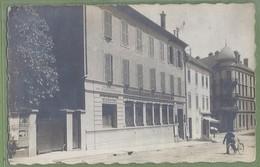 CARTE PHOTO - AGENCE  BANQUE DU COMPTOIR NATIONAL D'ESCOMPTE DE PARIS (près Du GRAND BAR LYONNAIS) - Lieu à Identifier - Banques