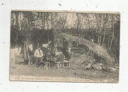 Cp ,militaria ,la Grande Guerre 1914-15 , Les Abris De Nos Soldats Sur Le Front ,voyagée 1915 - War 1914-18
