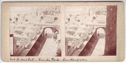 Mont Saint Michel - Vue Intérieure De La Grande Porte Prise Des Remparts - Photos Albuminées Collées Sur Carton Fort - Photos Stéréoscopiques