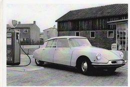 Citroen DS 19    -  1957   -  CPM - Voitures De Tourisme