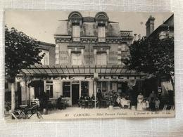 CABOURG - Hôtel Parisien Vecchali - L'Avenue De La Mer - Cabourg