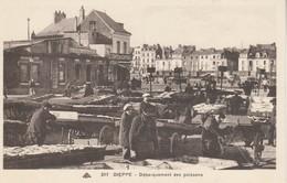 76 - DIEPPE - Débarquement Des Poissons - Dieppe