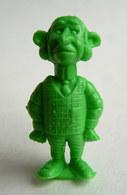 TRES RARE FIGURINE LUCKY LUKE - PIRATE RES PLASTIC - MAITRE D'HOTEL VERT Pas DUNKIN - Figurines