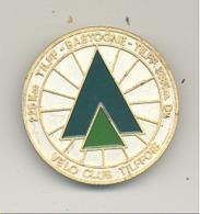 Médaille Avec  épingle - TILFF - BASTOGNE - TILFF 1983  Cyclotourisme, Cycliste, Vélo (b241) - Cyclisme