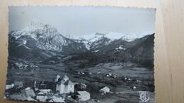 BERNEX Et La Dent D'Oche (2225m). A Droite, Dernière Chaîne Avant La Frontière Suisse. - France