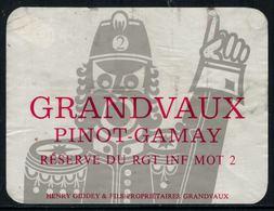 Rare // Etiquette De Vin // Militaire // Grandvaux, Pinot-Gamay, Réserve Du RGT INF MOT 2 - Militaire