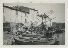 Martigues . Port . Bateaux De Pêche . Peintre Sur Le Motif . 2 Août 1932 . - Places