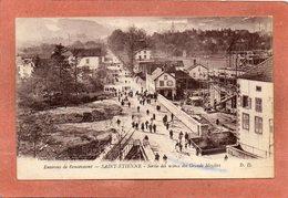 CPA - SAINT-ETIENNE-de-REMIREMONT (88) - Aspect De La Sortie Des Ouvriers Des Usines Des Grands Moulins En 1920 - Saint Etienne De Remiremont