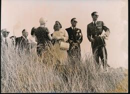KONING BOUDEWIJN OP BEZOEK IN NEDERLAND  9_7_1959 , FOTO 18  X 13 CM - Familles Royales