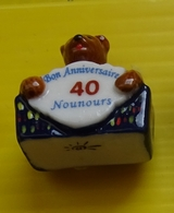 Fève   - Bonne Nuit Les Petits - Anniversaire - Les 40 Ans -  Nounours - Characters