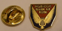MUSIQUE MILITAIRE BASE AERIENNE REGION DIJON BA 102 Pin Pin's Pin - Army
