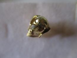 Spilla Cane In Oro Con Diamanti - Brooches