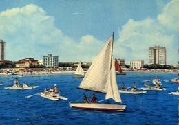 Milano Marittima - Cervia - Ravenna - Grattacieli E Spiaggia Visti Dal Mare - Formato Grande Viaggiata – E 9 - Ravenna