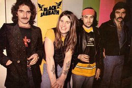 Black Sabbath Rock Band Original Postcard In Near Mint Condition. 010 - Postcards