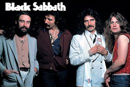 Black Sabbath Rock Band Original Postcard In Near Mint Condition. 011 - Cartes Postales
