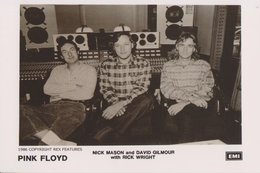 Pink Floyd Rock Band Original Postcard In Near Mint Condition. 008 - Postcards