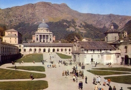 Santuario D'oropa - Secondo Piazzale E Le Due Basiliche - 98-07 - Formato Grande Viaggiata – E 9 - Vercelli