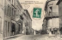 Montguyon  17    Route De Paris Gendarmerie Et En Face -Friperie Et Café - Andere Gemeenten