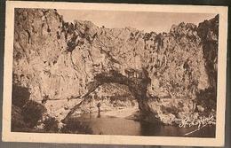 France & Circulated, Greetings From Ardeche Pittoresque, Le Pont D'Arc,  Aubenas Par Lyon  (10) - Souvenir De...