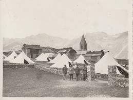 Rare 2 Photos Chasseurs Devant Un Camps De Toiles De Tente En Montagne - 1914-18