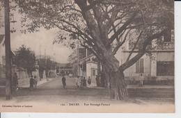 SENEGAL - 152 -  DAKAR - Rue  Berangé - Feraud   ( - Petite Animation ) - Senegal