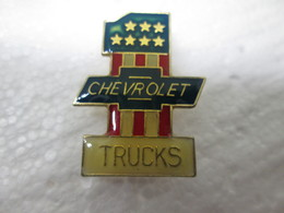 PIN'S   CHEVROLET  TRUCKS - Badges