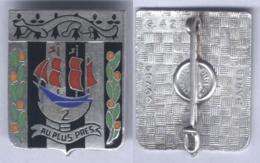 Insigne Du 2e Régiment D'Infanterie - Nef Argentée - Armée De Terre