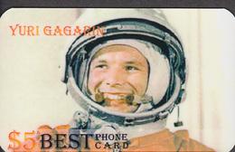 GAGARIN IS THE FIRST ASTRONAUT RARE!!! 1 CARD - Spazio