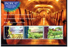 Nouvelle-Zélande / 1997 / BF Pacific 97 ** / Vignobles - Vins & Alcools