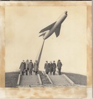 """A PHOTO. """"IN THE UKRAINIAN ENCYCLOPEDIA KHERSON. MONUMENT IN HONEST OF THE PILOTS. AIRPLANE. - Photographs"""