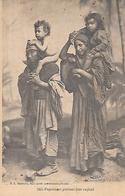 SMYRNE ( Turquie ) - Paysannes Portant Leur Enfant ( Actuellement IZMIR ) - Turquie
