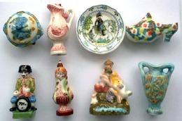 Ceramique De Lorraine    Luneville  Serie De FEVES - Regions
