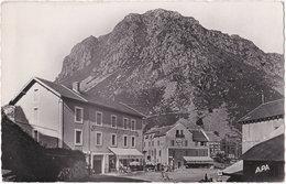 09. Pf. L'HOSPITALET. Entrée Du Village Et Roc De Carouch. 102 (Hôtel Du Puymorens) - France