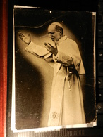 19826) PAPA PIO XII VIAGGIATA 1952 ACCENNO DI PIEGA IN ALTO - Papi