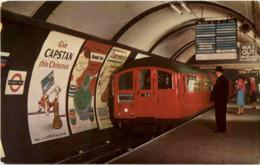 London - Picadilly Circus Station - Underground - London