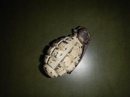 GRENADE À MAIN F1 À FRAGMENTATION ( NEUTRALISÉE ) - Armes Neutralisées