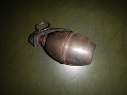 GRENADE OFFENSIVE FUMANTE ( NEUTRALISÉE ) - Armes Neutralisées