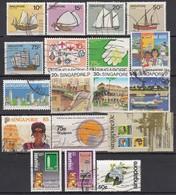 SINGAPUR Ab 1980 - Lot Mit 18 Verschiedenen Used - Singapour (1959-...)