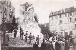 64 / PAU / TRES BELLE PHOTO / 18X13 / CEREMONIE MONUMENT AUX MORTS - Pau