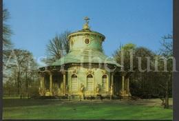 Large Postcard / ROYALTY / Unused / Schönes Potsdam / Park Von Sanssouci / Chinesische Haus - Châteaux